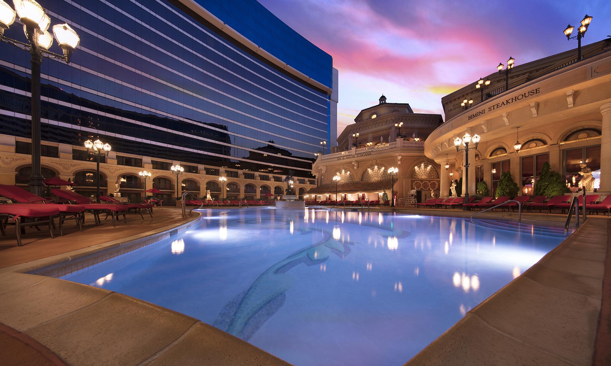 Resort Luxuries Amp Amenities Peppermill Resort Hotel