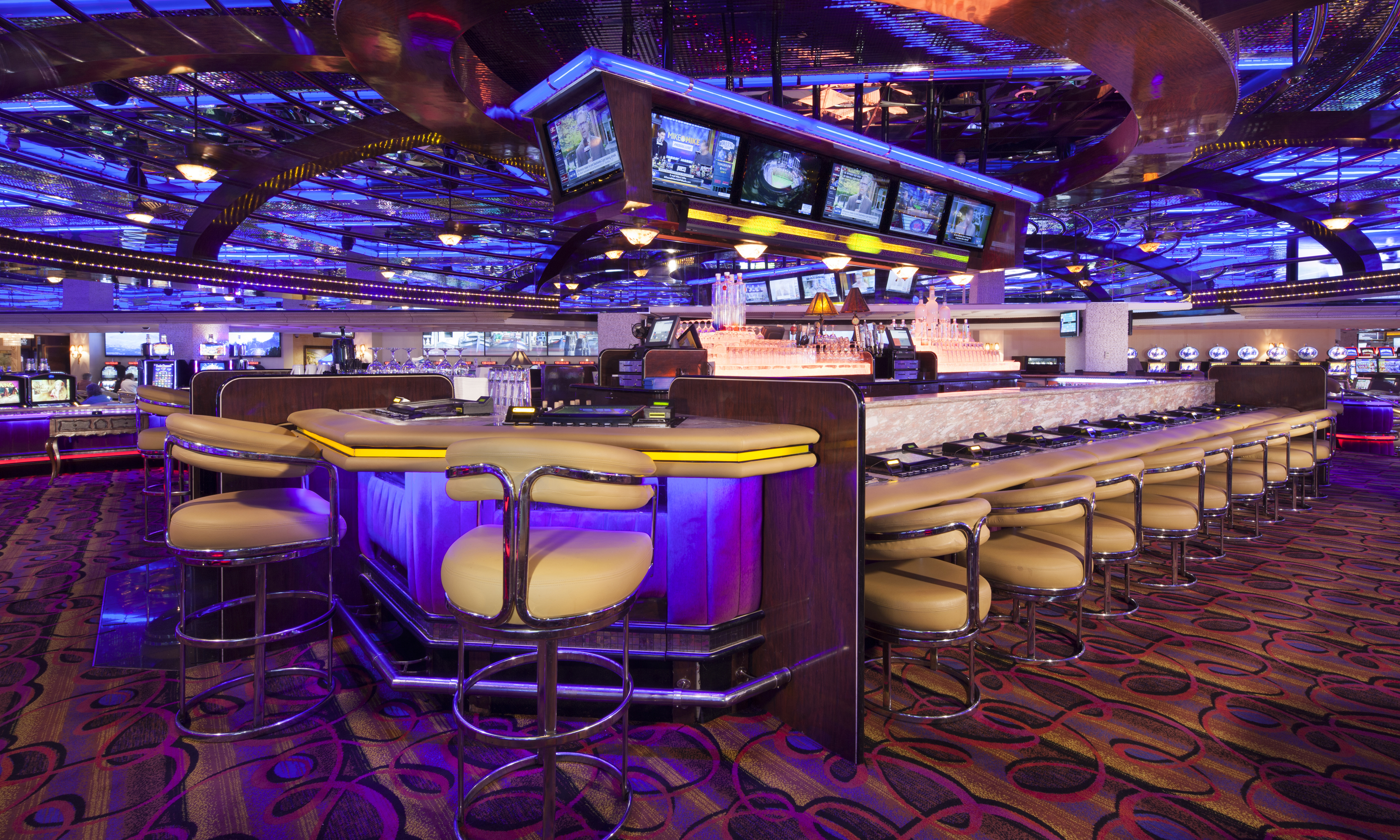 sports bar peppermill reno lounges. Black Bedroom Furniture Sets. Home Design Ideas