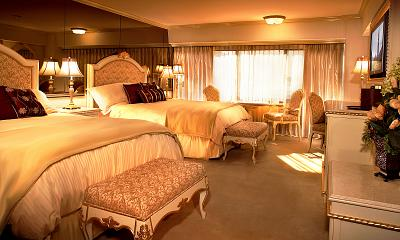 Peppermill Tower Suites Amp Rooms Peppermill Reno Resort Hotel