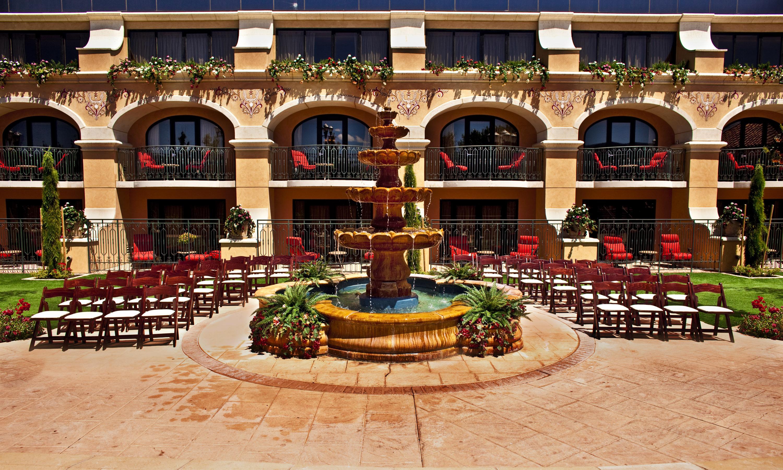 Tuscany Gardens Wedding Venues At Peppermill Resort Spa