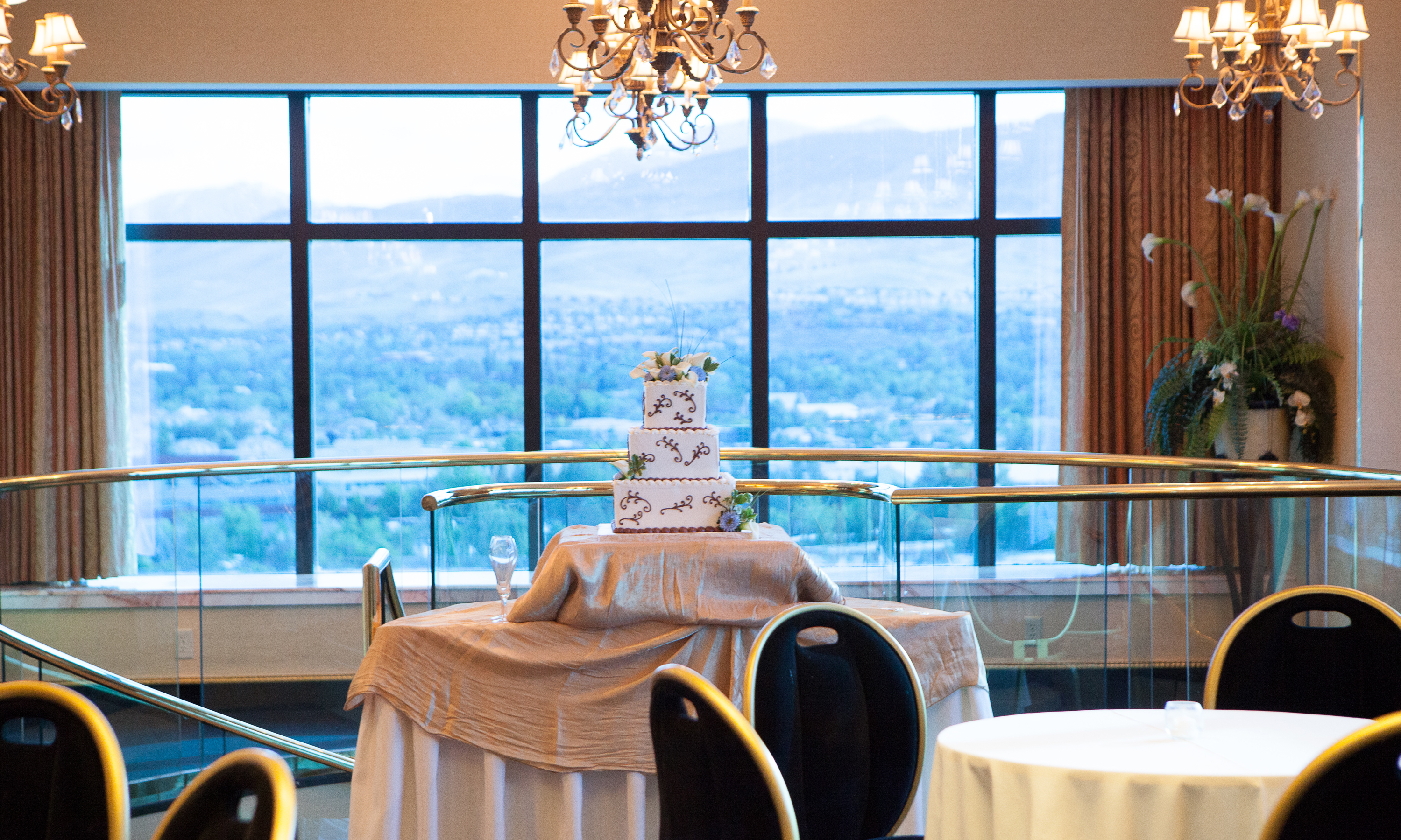 17th floor suites wedding venues at peppermill resort for 17th floor