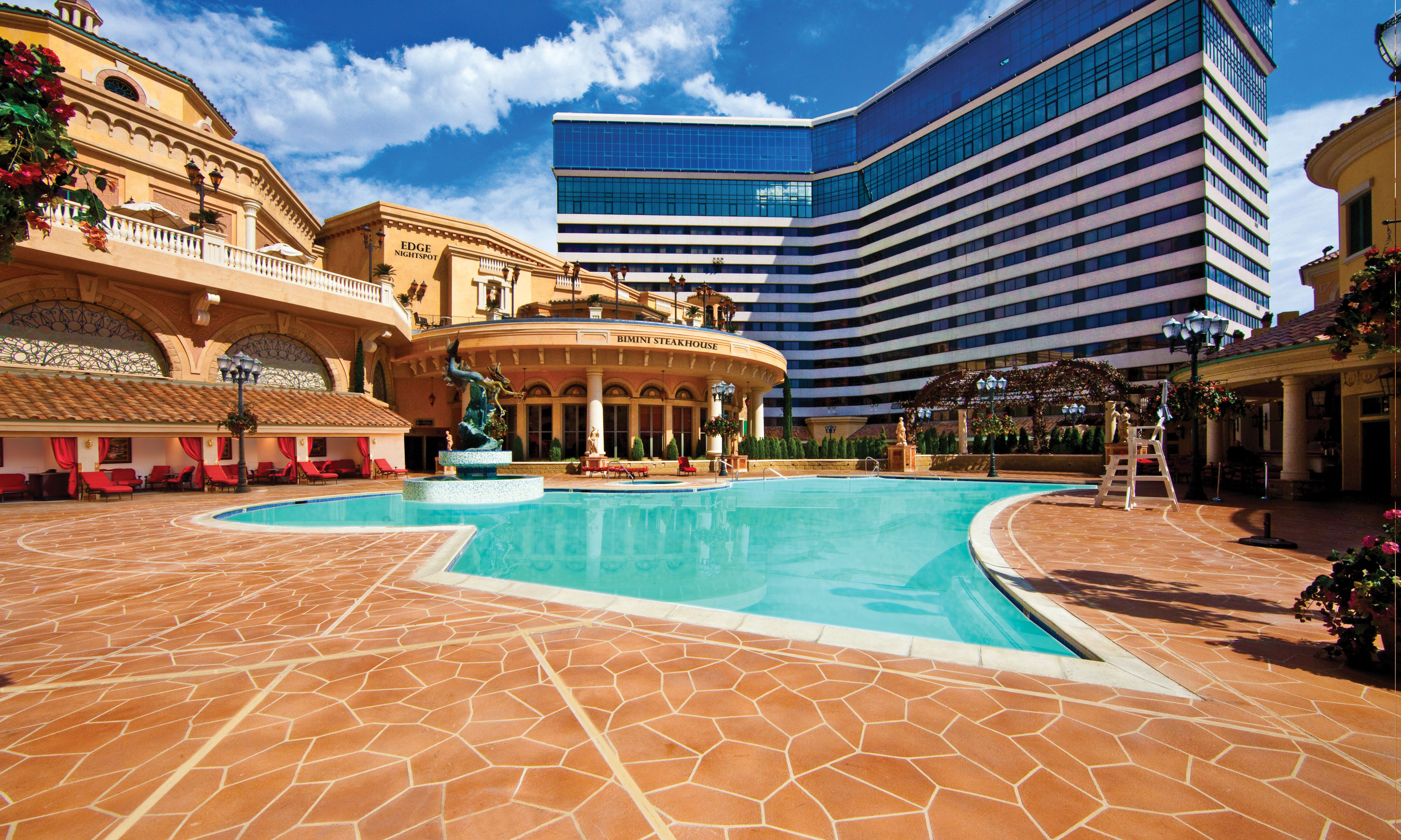 Pools luxuries amenities at peppermill hotel casino resort for Pictures of the pool